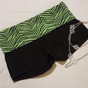🐕VS PINK Yoga Shorts-Small , Green Zebra waist